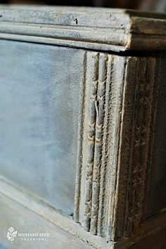Great video on using waxes with your chalk paint; Waxes 101