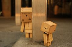 box, robot, toy, danboard, carton, cardboard, robot, toy, close up, dunboe, post, play wallpaper