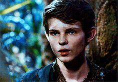 Robbie Kay as Peter Pan. Редко кто сейчас умеет играть лицом так, как Робби.