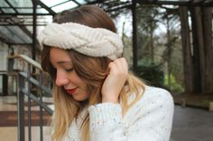 Woolen Headband #winter #cosy #white #fashionblogger