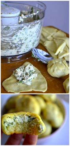 Garlic & Spinach Chicken Puffs... Ingredients: cream cheese, chicken, garlic powder and crescent rolls