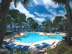 A villa-style, full-service resort and spa destination featuring a full-service spa, 3 restaurants, 4 full bars, clay tennis courts and 2 championship golf courses. This resort in Panama City Beach can cater to intimate occasions of 12 to meetings for 1500. ***3 1/2 Stars