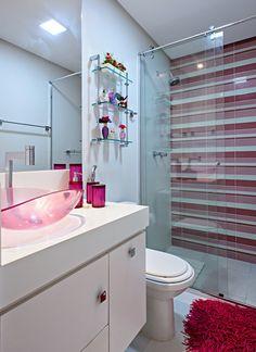 banheiro femino com revestimento de pastilhas - Pesquisa Google