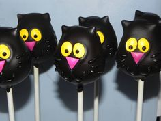 Black Cats / Halloween (Cake Pops)