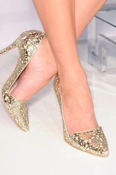 spring_summer_2013_shoe_trends_classic_high_heels-Alice+Olivia_Spring2013.jpg (399×600)