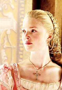"""janesfoster: """" Lucrezia Borgia in 1x03 """"The Moor"""" """""""
