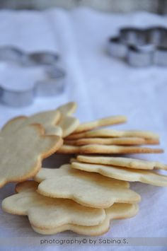 Due bionde in cucina: Biscotti con farina di riso Homemade Cookies, Something Sweet, Christmas Time, Xmas, Sweet Treats, Gluten Free, Desserts, Blog, Milk