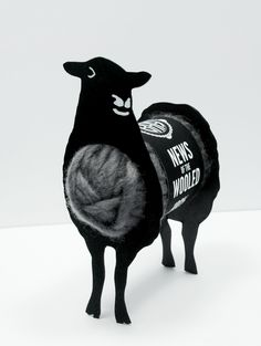 News Of The Wooled Introduction To Knitting on Packaging of the World - Creative Package Design Gallery