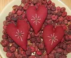 Primitive Valentines Day Heart Ornies with Snowflakes Valentines Day Hearts, Valentine Heart, Valentine Crafts, Valentine Stuff, Primitive Christmas Ornaments, Primitive Stitchery, Heart Day, Bowl Fillers, Wooden Hearts