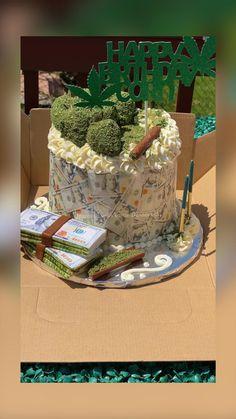 Alcohol Birthday Cake, 22nd Birthday Cakes, Creative Birthday Cakes, Birthday Cake For Him, Special Birthday Cakes, Custom Birthday Cakes, Birthday Goals, Adult Birthday Cakes, Beautiful Birthday Cakes