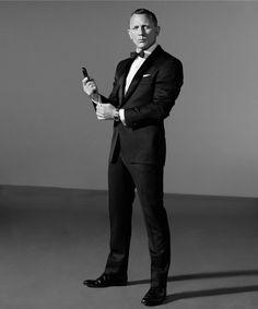 The Daniel Craig Fixation Style James Bond, James Bond Suit, Bond Suits, Daniel Craig James Bond, Daniel Craig Style, Daniel Craig Suit, Costume James Bond, Gq, Daniel Graig