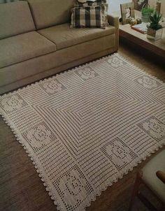 New embroidery designs simple table runners 34 Ideas Free Crochet Doily Patterns, Crochet Mat, Crochet Carpet, Crochet Home, Kids Crochet, Crochet Books, Crochet Stitch, New Embroidery Designs, Embroidery Hoop Art