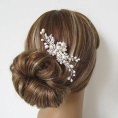 Pearl Bridal Hair Comb, Bridal hairpiece, Wedding hair accessories, Bridal Headpieces, Rhinestone hair comb bridal