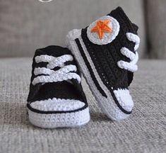 so cuuuute converse baby booties