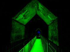 https://flic.kr/p/L7Krj6 | grüner Tunnelgang | Lichtinstallation im…