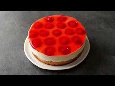 Jahodový želé dort stvarohem   Babiččina volba Desserts, Food, Cakes, Youtube, Dessert, Tailgate Desserts, Deserts, Cake Makers, Essen