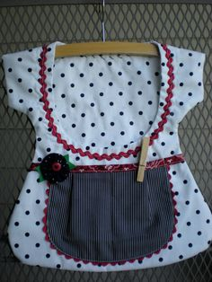 Sweet One of a Kind Clothespin Bag by sunshineidaho on Etsy, $18.00