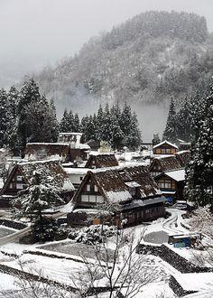 Gokayama in snow, Toyama, Japan 五箇山 富山