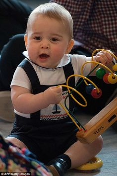 Prince George of Cambridge at a playdate in Wellington, New Zealand, April 2014 #katemiddleton #princegeorge