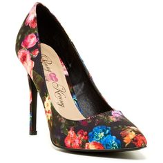 Penny Loves Kenny Myopic Pump (465 MXN) ❤ liked on Polyvore featuring shoes, pumps, black floral, floral shoes, floral pumps, black floral pumps, slip on shoes and black high heel pumps