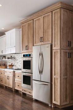 Best Kitchen Cabinets, Farmhouse Kitchen Cabinets, Modern Farmhouse Kitchens, Kitchen Cabinet Design, New Kitchen, Kitchen Ideas, Kitchen Decor, Kitchen Inspiration, 10x10 Kitchen