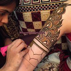 #arousalmadamsalon #henna #salon #uae #henna_art #artist #hennaaddict #floralHenna #hennalove #hennawedding #7enna #dubai #instaDaily #instagram #henna_designer #Mehendi_designer #hennaForBride #art #henna_art #Hudabeauty #saloon #arousAlmadam #Beauty #beautysaloon