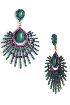 something really cool about these earrings...
