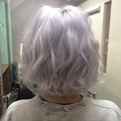 I love love this color and length. Maybe want to do this color but add pale pink too