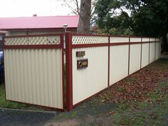 Color Fencing Solutions in Lilydale, Melbourne, VIC, Fencing Construction Dog Proof Fence, Fence Construction, Outdoor Projects, Outdoor Decor, Privacy Walls, Steel Fence, Front Fence, Backyard Landscaping, Backyard Ideas
