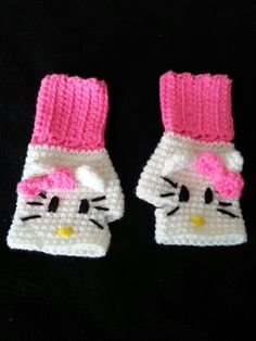 Crochet fingerless gloves Hello Kitty size 4-10 y.o.