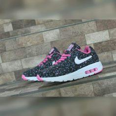 7c1bfcfdd07a 7 Best Sepatu Sneakers Pria images