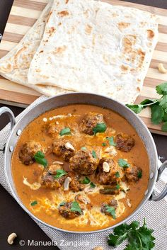 The recipe for one of my favourite curries: Lamb Kofta Curry! Lamb Dishes, Curry Dishes, Curry Recipes, Vegetarian Recipes, Cooking Recipes, Indian Food Recipes, Asian Recipes, Ethnic Recipes, Indian Dishes