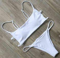 Trendy Swimwear, Cute Swimsuits, Cute Bikinis, Women Swimsuits, Bandeau Bikini Set, Bikini Swimwear, Bikini Girls, Bikini Outfits, Cute Bathing Suits
