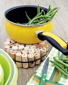Great Craft using wine corks!!