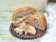 Miniature 1:12 bread kamut loaf on cutting board di PiccoliSpazi
