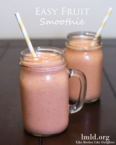 You can whip together this easy fruit smoothie with just a few ingredients. You can have it be a berry smoothie, and have your mixed fruit a. Fruit Smoothie Recipes, Smoothie Drinks, Healthy Smoothies, Healthy Drinks, Healthy Snacks, Healthy Breakfasts, Eating Healthy, Yummy Drinks, Yummy Food