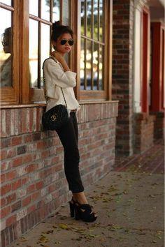 c2ff2bbf8cb6a czarne obcasy - czarny Aldo  buldog jeans - granatowy chanel vintage