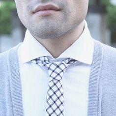 When should you wear the skinny tie? | juanjoserangel.com New post ft. @skinnytiemadness #ad #sponsored #menswearblogger