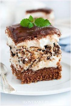Ciasto z wafelkową warstwą - I Love Bake Baking Recipes, Cake Recipes, Dessert Recipes, Delicious Desserts, Yummy Food, Polish Recipes, Baked Goods, Sweet Recipes, Gourmet