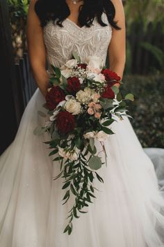 Burgundy and blush cascading wedding bouquet by Alta Fleura. Professional Photo by Stacy Paul Photography Cascading Wedding Bouquets, Winter Wedding Flowers, Cascade Bouquet, Bride Flowers, Bride Bouquets, Flower Bouquet Wedding, Floral Wedding, August Wedding Flowers, Trailing Bouquet