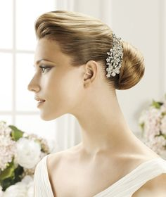 Pronovias präsentiert Ihnen den Kopfschmuck T20-2444 für die Braut. | Pronovias