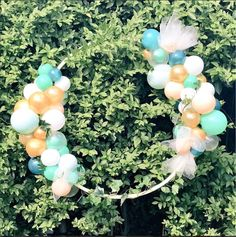 Elegant Green, Gold & White Organic Balloon Ring perfect Balloon Decor for perfect for Weddings and other Stylish Occasions!  Find Us on FB & IG: Party Glamour Birmingham