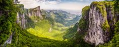Tianmen Mountain National Park Hunan Province China [2048x813]. wallpaper/ background for iPad mini/ air/ 2 / pro/ laptop @dquocbuu