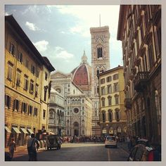 Duomo, Florence, Italy. I know these streets well from our RUN to the train station.