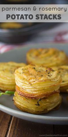 Parmesan & Rosemary Potato Stacks are an easy & delicious way to serve potatoes! A sprinkling of parmesan cheese & fresh rosemary gives them extra flavor. Potato Sides, Potato Side Dishes, Vegetable Dishes, Vegetable Recipes, Potato Recipes, Rosemary Potatoes, White Potatoes, Side Dish Recipes, Food Dishes