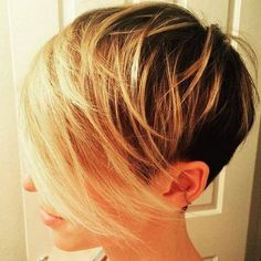 OMg so beauty!  #pixie #shaggypixie #longbangs #shorthair