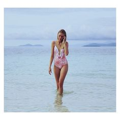 How's the serenity! @ellie_lowe wears the #JETSswimwear Refine one-piece with accents of Sherbet tones Xx