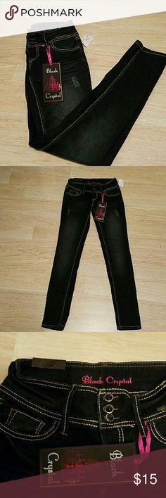 NWT Black Crystal Jeans Size 3, dark denim. Beautiful pair of pants!! Black Crystal Jeans
