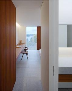 Muy bonitos espacios en  Palmgren House by  John Pawson.                                                                   residence maga...