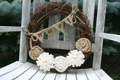 Burlap Christmas Wreath | Burlap Christmas Wreath | Christmas Gonna Do's.
